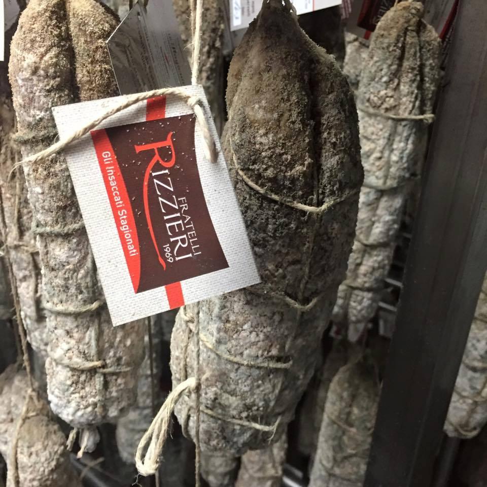 Muffa del salame perch si forma a cosa serve il blog di lorenzo rizzieri - Perche si forma la muffa in casa ...